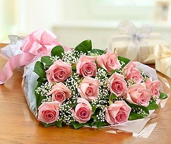 A dozen Pink Rose bouquet