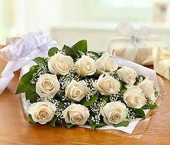 A Dozen White Rose Bouquet